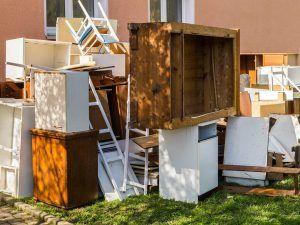 Falsche Lagerung von Möbeln